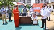 Ayuda COVID-19 coordinados por los hospitales Amrita y AYUDH Delhi