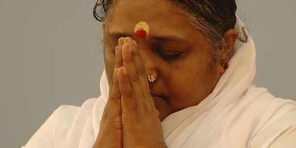Amma donates $1.7 million US to COVID-19 relief effort